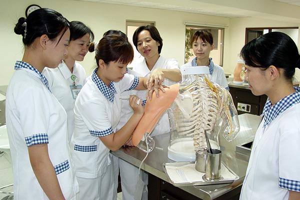 Lớp học thực nghiệm của lớp Điều dưỡng tại Đại học Y Cao Hùng